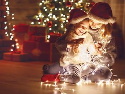 50 frases de Feliz Natal para desejar a todos uma vida plena e  feliz
