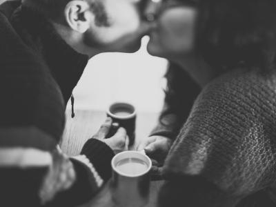 51 frases de aniversário de casamento para comemorar a união do casal
