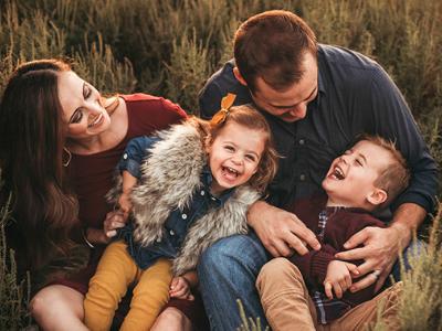 40 frases de família feliz para agradecer pelos momentos que vivem juntos