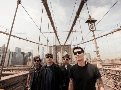 40 frases do Capital Inicial para relembrar os sucessos da banda