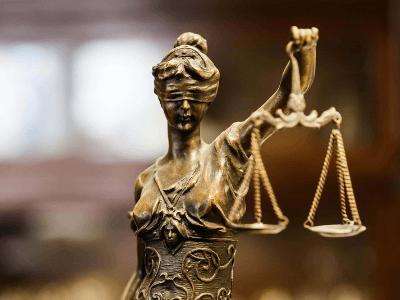 30 frases de Direito para quem estuda ou sonha estudar a justiça