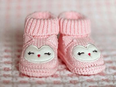 25 frases para chá de bebê que deixarão o seu convite lindo e especial