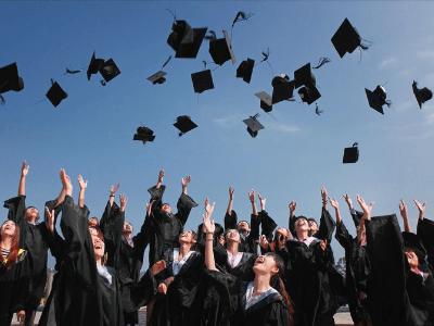60 frases para formandos que mostram o seu orgulho por essa conquista