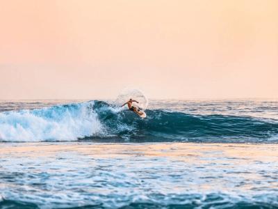 55 frases de surf para você que é fã desse esporte