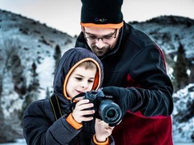65 legendas para foto com pai que vão emocionar seu herói