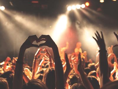 50 frases para ídolos que farão todo fã se sentir representado