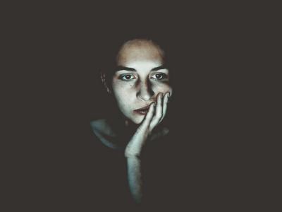 42 frases de ansiedade para quem sofre por antecipação