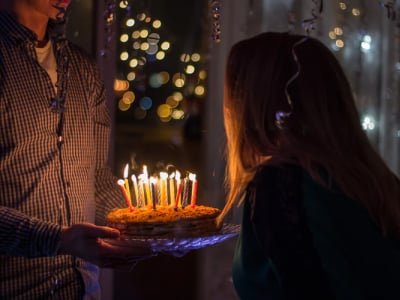 50 legendas de aniversário para amiga que comemoram esse dia especial