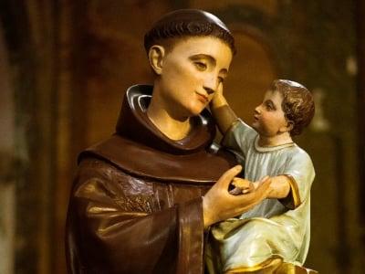 30 frases de Santo Antônio para encontrar o grande amor da sua vida